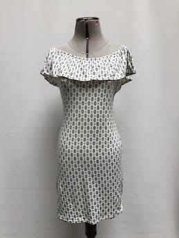 Vestido off shoulder blanco con estampado barroco negro, volante en los hombros, tela tipo algodón stretch Talla S foto 1